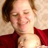 Как важно носить ребенка на себе