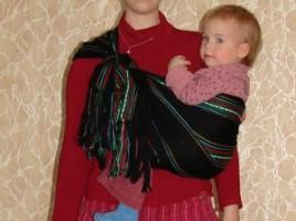Положение на бедре — инструкция к ребозо (короткому слингу-шарфу)