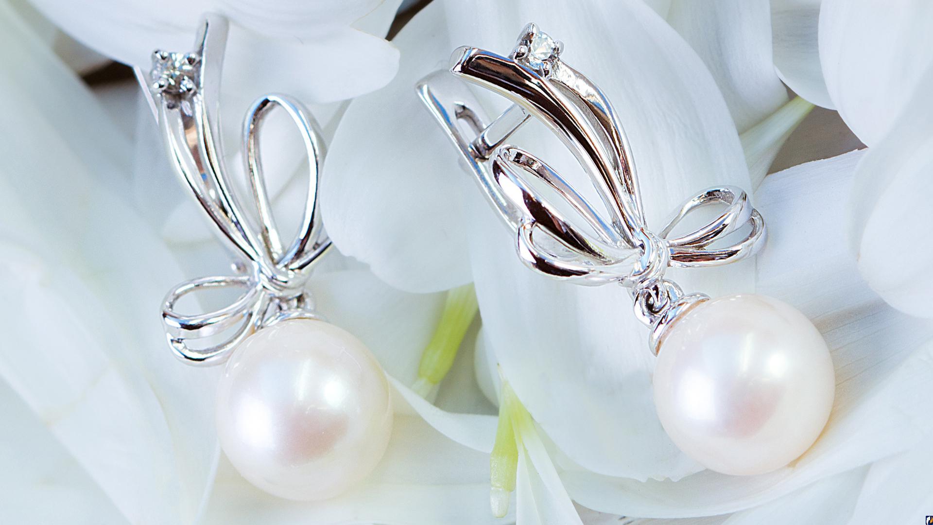 Ювелирные изделия с жемчугом Аристократичность и элегантность украшений ... 6a5b2541e26